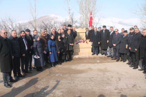 Şehit Süleyman Efendi ve Miralay Sabri Bey mezarı başında anıldı