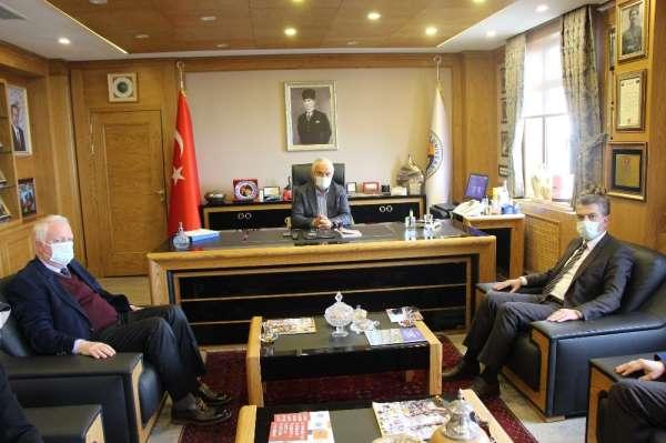 AK Partiden Avrasya Üniversitesine ziyaret