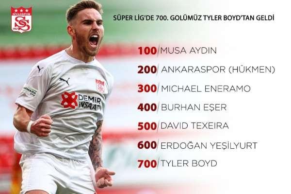 Sivassporun 700. golü Tyler Boyddan geldi!