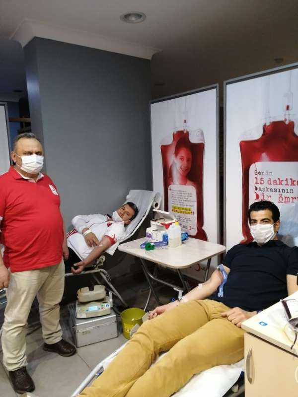 Spor adamlarından kan bağışına destek