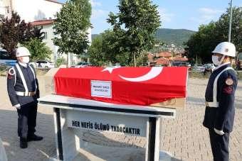 Kazada hayatını kaybeden asker toprağa verildi