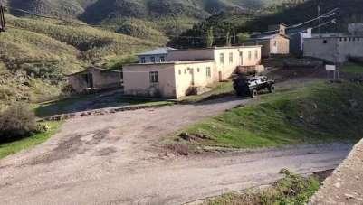 Siirt'te PKK'lı teröristlere yardım ettiği tespit edilen 10 kişiden 6'sı yakalan