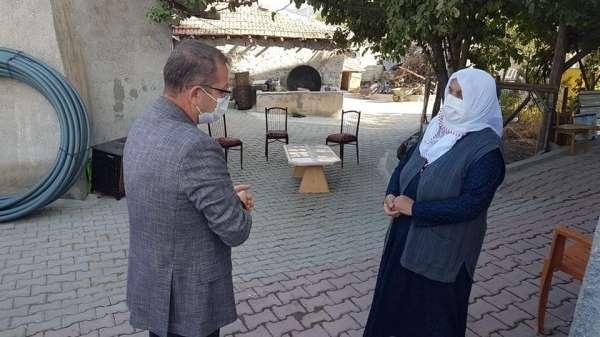Bakan Kurum, şehit ailesi ile telefonda görüştü