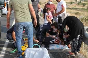 Erzincan'da trafik kazası: 1'i ağır, 5'i çocuk 7 yaralı