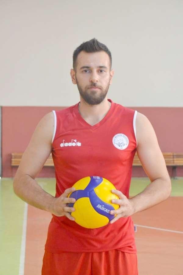 Melikgazi Belediyespor valeybol takımı kaptanı Kılıç, yeni sezondun umutlu