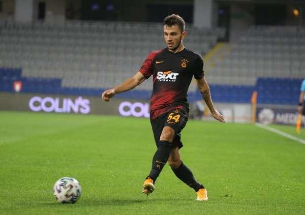 Süper Lig: Medipol Başakşehir: 0 - Galatasaray: 1 (İlk yarı)