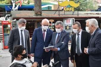 OMÜ Rektörü Ünal Vezirköprü Havza ve Ladik'te temaslarda bulundu