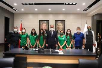 Pamukkale Belediye Başkanı Örki, Horozkentsporluları ağırladı