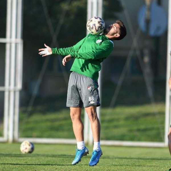 Bursaspor, Adanaspor maçının hazırlıklarını tamamladı