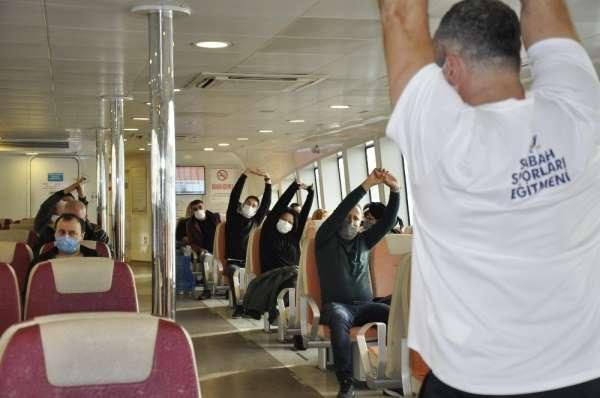 İstanbullular için vapurda egzersiz zamanı!