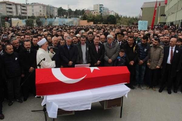 Kocaeli'de öğretmeni bıçaklayarak öldüren öğrenciye 22 yıl hapis