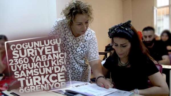 Samsun'da halk eğitim yabancılara Türkce dersi veriyor