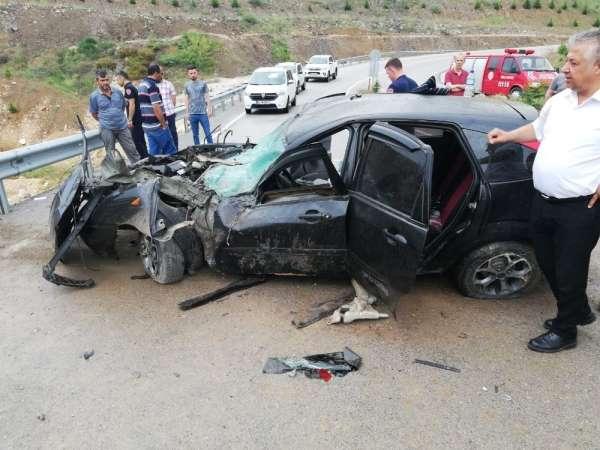Tokat'ta kavşakta kaza güvenlik kamerasına yansıdı