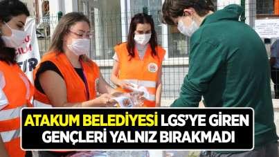Atakum Belediyesi LGS'ye giren gençleri yalnız bırakmadı