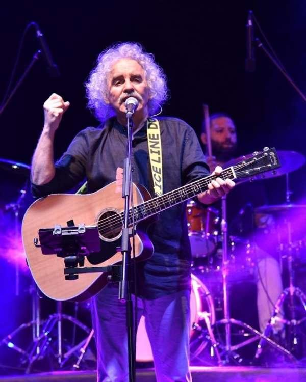Yeni Türkü grubu 40 yılını Bilecik'te verdiği konserle kutladı