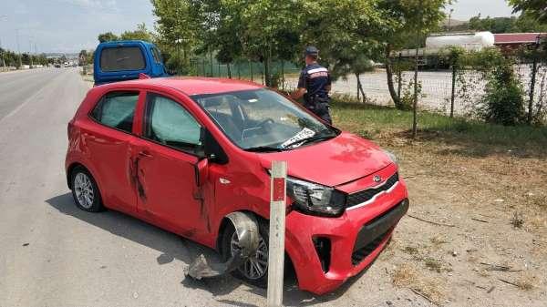 Samsunda otomobil tırla çarpıştı: 1 yaralı