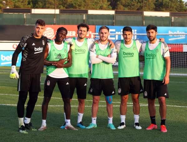 Valentin Rosier, Beşiktaşla ilk antrenmanına çıktı