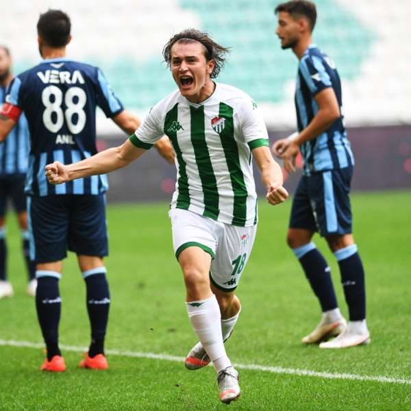 Bursaspor'un Adana Demirspor'a karşı üstünlüğü var
