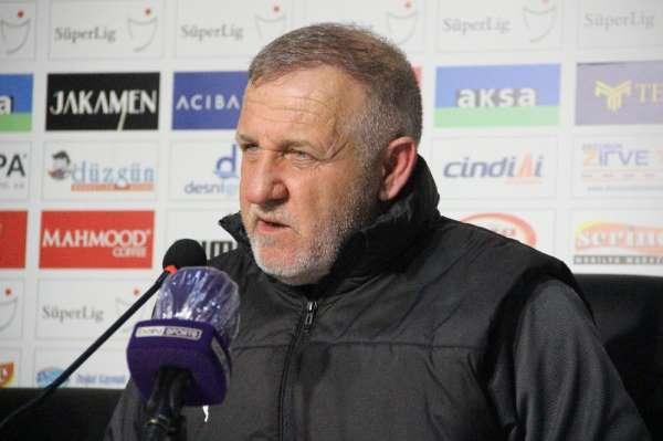 BB Erzurumsporda Mesut Bakkal ile yollar ayrıldı