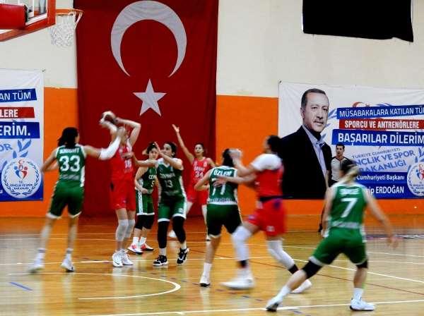 Çeşme Kadın Basketbol Takımı play-off hedefine ilerliyor