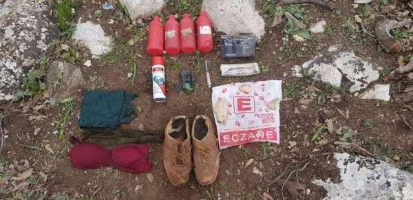 Siirt'te PKK'lı teröristlere ait sağlık ve giyim malzemesi ele geçirildi