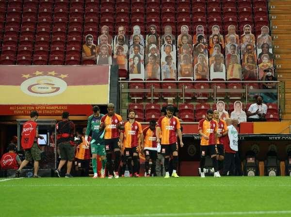Galatasaray'ın galibiyet hasreti 4 maça çıktı