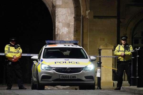 İngiltere'deki bıçaklı saldırıda 3 kişi öldü