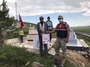 Sarıkamış'ta Jandarma Şehit Babalarını Unutmadı