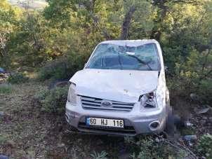 Yayla dönüş yolunda araç uçuruma yuvarlandı: 1 ölü