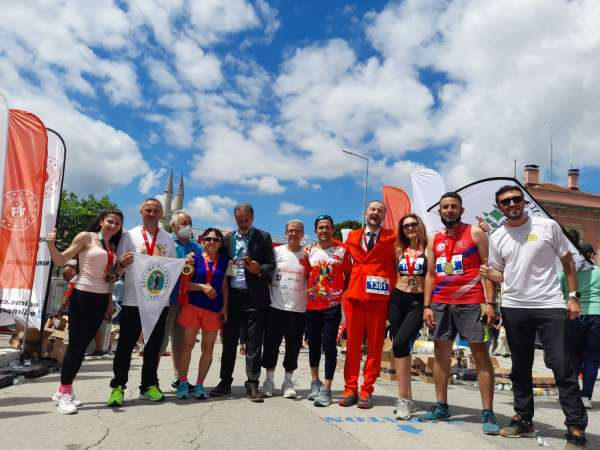 Sınırsız Dostluk Maratonunda Çaycumayı temsil ettiler