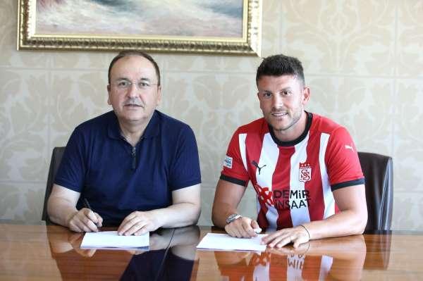 Sivasspor Sefa Yılmaz transferini açıkladı