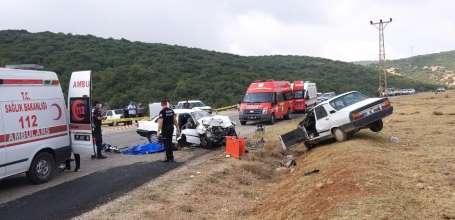 Adana'da feci kaza: 1 ölü, 4 yaralı