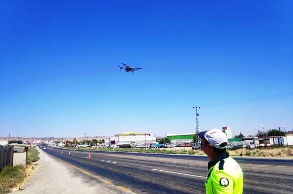 Bayramda kazaları en aza indirmek için dronlu denetim yapılıyor