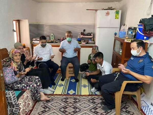 Kaymakam Göktaştan şehit ailesine bayram ziyareti