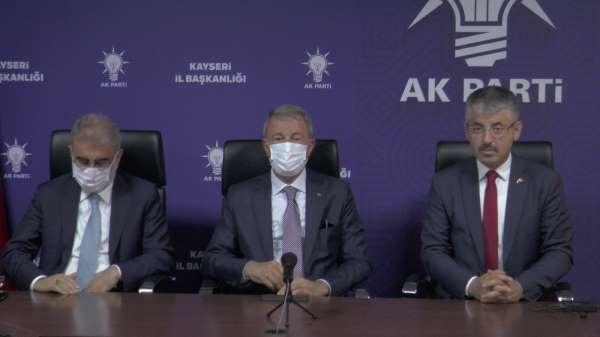 Bakan Akar: Şehitlerimizin kanlarının yerde kalmaması için kararlılıkla mücadelemizi sürdürüyoruz