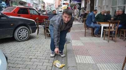 Askerden kalma mıntıka temizliği hastalığına yakalan Murat Bayar trafik kazasınd