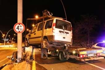 Ankara'da 2 trafik kazası: 1'i ağır 4 yaralı