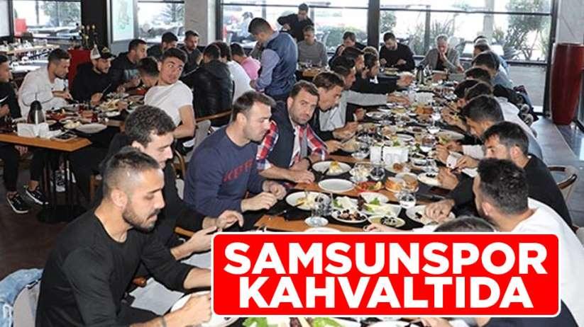 Samsunspor ekipi maç öncesinde kahvaltıda bir araya geldi.