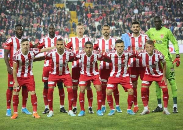 Sivasspor en az gol yiyen 2 takım