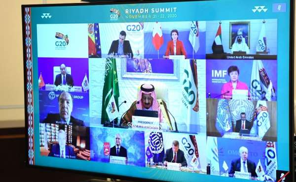 Putinin G-20 zirvesindeki gündemi Covid-19 ve global ekonomik kriz oldu
