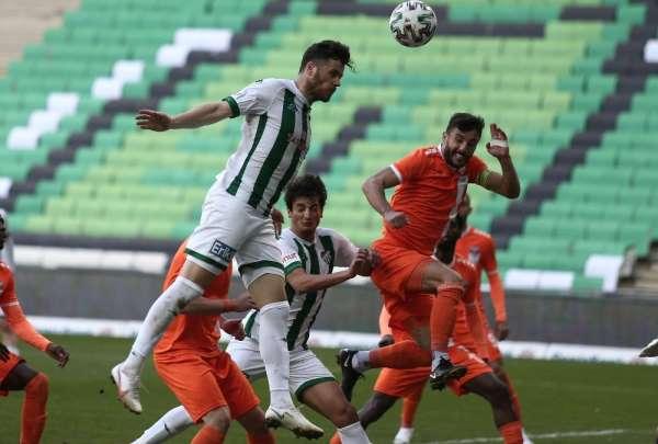 TFF 1. Lig: Bursaspor: 0 - Adanaspor: 0 (İlk yarı sonucu)