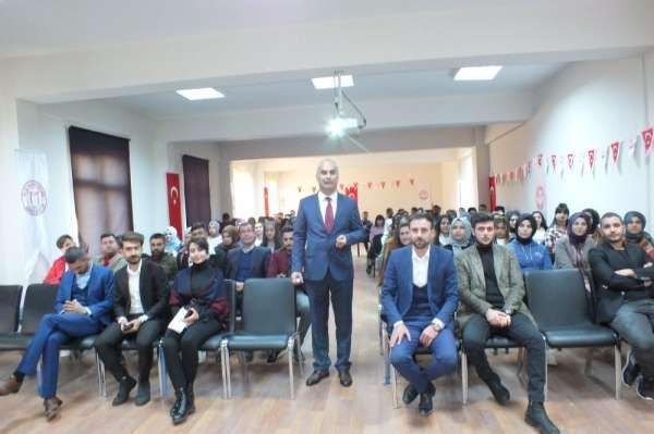 Malazgirt'te üniversite öğrencilerine bankacılık eğitim semineri verildi