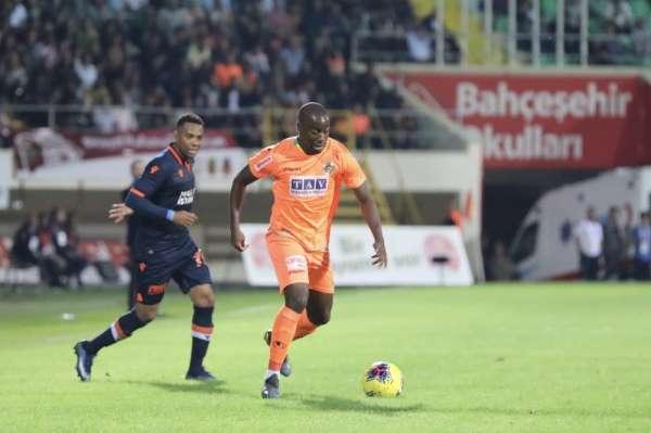 Süper Lig: Aytemiz Alanyaspor: 0 - Medipol Başakşehir: 0 (Maç sonucu)