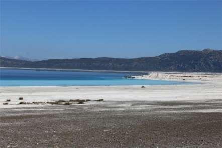 Vali Şıldak, Salda Gölü çevresini inceledi