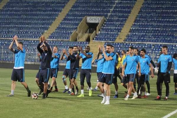 Adana Demirspor, play-off yarı final maçının antrenmanlarını tamamladı