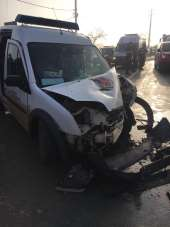 Sakarya'da mahkumları taşıyan cezaevi aracı kaza yaptı: 6 yaralı