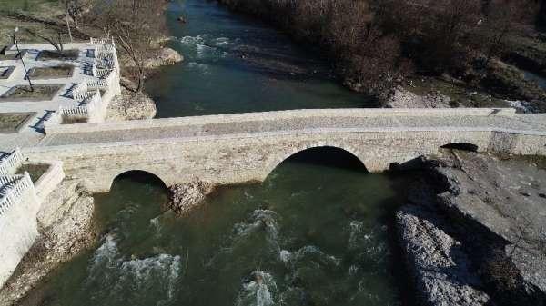 (Özel) Tarihi köprüler turizme kazandırıldı