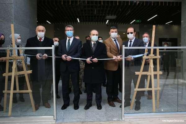 Vali Epcim, Bayburt Üniversitesinde kurtuluş günü etkinliklerine katıldı