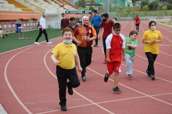 Toroslar Belediyesi, özel bireyleri sporla buluşturuyor