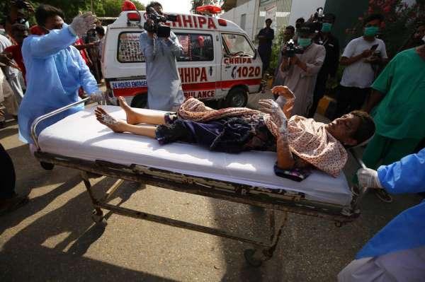 Karaçi Belediye Başkanı Ahtar: 'Kazada kimsenin kurtulduğunu düşünmüyoruz'